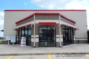 Image of CubeSmart Self Storage - Katy - 1000 West Grand Parkway South Facility on 1000 West Grand Parkway South  in Katy, TX - View 2