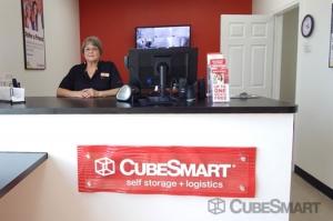 Image of CubeSmart Self Storage - Rosenberg Facility on 5601 Avenue I  in Rosenberg, TX - View 3