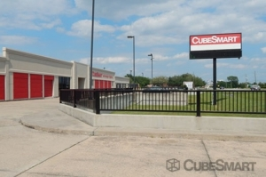 CubeSmart Self Storage - Rosenberg Facility at  5601 Avenue I, Rosenberg, TX