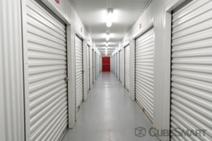 CubeSmart Self Storage - Houston - 7017 Almeda Rd - Photo 8