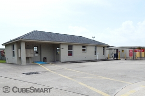 CubeSmart Self Storage - Houston - 10030 Blackhawk Boulevard Facility at  10030 Blackhawk Boulevard, Houston, TX