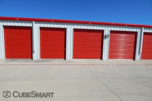 CubeSmart Self Storage - Hutto - 646 West Front Street - Photo 7