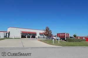 CubeSmart Self Storage - Hutto - 646 West Front Street - Photo 11