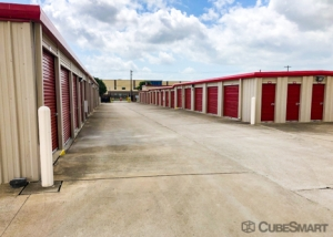 CubeSmart Self Storage - Kyle - 701 Philomena Drive - Photo 5
