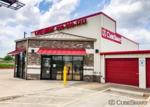 CubeSmart Self Storage - Kyle - 21400 Interstate 35 Facility at  21400 Interstate 35, Kyle, TX