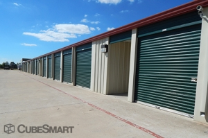 CubeSmart Self Storage - Manor - Photo 5