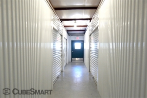 CubeSmart Self Storage - Manor - Photo 6
