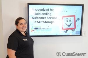 CubeSmart Self Storage - Pearland - 10401 Broadway Street - Photo 9