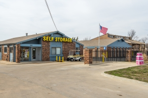 Security Self Storage - Oak