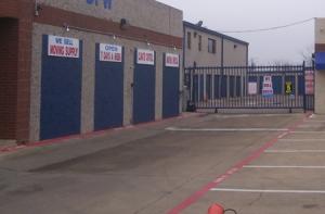 Image of StorQuest - Dallas/Denton Facility on 10333 Denton Drive  in Dallas, TX - View 2
