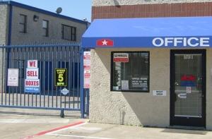 Image of StorQuest - Dallas/Denton Facility on 10333 Denton Drive  in Dallas, TX - View 3