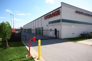 SecurCare Self Storage - Fayetteville - North Reilly Road - Photo 2
