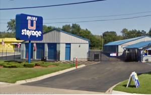 Image of Mini U Storage - Groesbeck II Facility at 24040 Groesbeck Hwy  Warren, MI