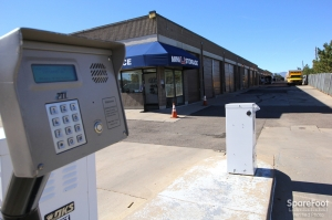 Image of Mini U Storage - AAA County Line Facility on 1400 E County Line Rd  in Highlands Ranch, CO - View 2