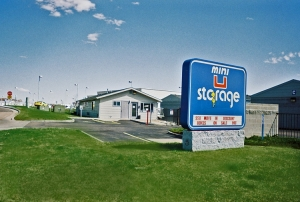 Mini U Storage - Highlands Ranch