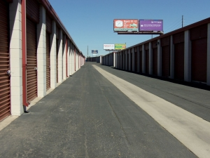 Image of Mini U Storage - I-70 Facility at 3900 E 45th Ave  Denver, CO