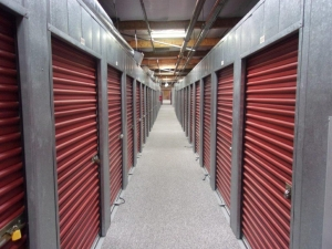 Image of Mini U Storage - Newport I Facility on 1177 Camelback St  in Newport Beach, CA - View 3