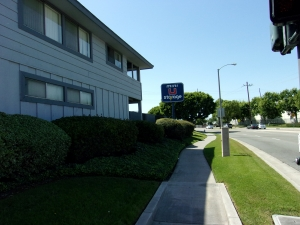 Image of Mini U Storage - Dyer Road Facility on 600 W Dyer Rd  in Santa Ana, CA - View 3