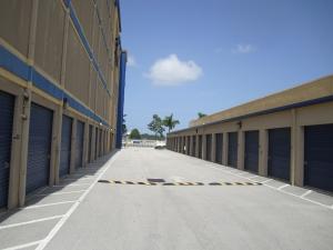 Storage King USA - Miami - Photo 4