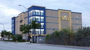 Storage King USA - Miami - Photo 12