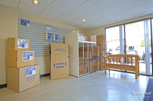 Low Cost Storage - Paramount - Photo 14