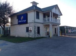 Image of Life Storage - Austin - Manchaca Road Facility at 9706 Manchaca Road  Austin, TX