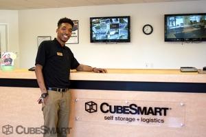 CubeSmart Self Storage - Temple Hills - Photo 4