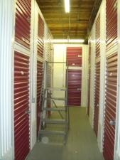 Longwood Storage Company - Photo 8