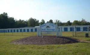 Siler City Self Storage - Chatham Ave