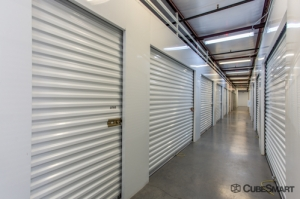 CubeSmart Self Storage - Phoenix - 2680 E Mohawk Ln - Photo 2