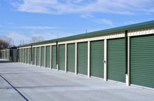 Lincoln Self Storage - Photo 3