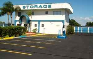 Outer Space Mini Storage - Port Richey - Photo 3