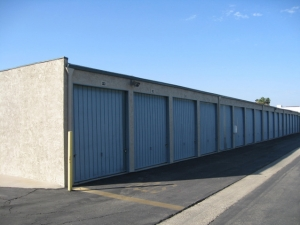 Storage West - Irvine - Photo 2