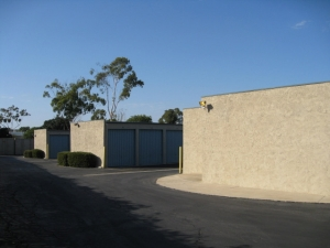 Storage West - Irvine - Photo 3