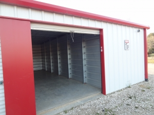 Affordable Storage - Deridder - 311 Louisiana Avenue - Photo 2