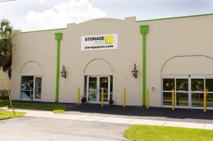Storage Post Wilton Manors