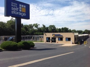 Uncle Bob's Self Storage - Florissant - Dunn Road
