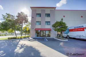 CubeSmart Self Storage - Boynton Beach - 3010 S Congress Ave