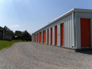 Image of Jones Storage - Flaherty Facility on 4225 Flaherty Road  in Vine Grove, KY - View 4