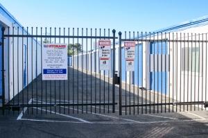 US Storage Centers - Photo 4