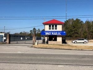 Space Place Self Storage - Photo 2