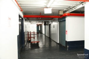 American Self Storage - Long Island City (Queens) - Photo 10