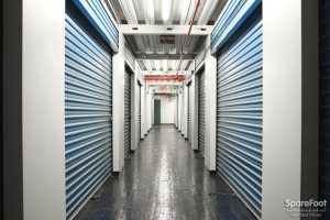 American Self Storage - Long Island City (Queens) - Photo 13