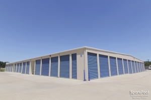 Image of Advantage Storage - Highland Village Facility on 2150 Justin Road  in Highland Village, TX - View 3