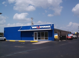 Mini U Storage - Bradenton - Photo 5