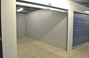 US Storage Centers   Chatsworth   20701 Plummer St   Photo 4