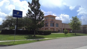 Life Storage - Kenner Facility at  2201 West Napoleon Avenue, Kenner, LA