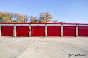 CubeSmart Self Storage - Austin - 2201 South Pleasant Valley Road - Photo 9