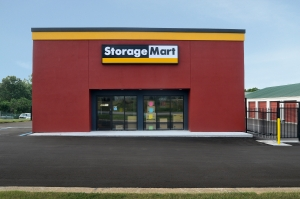 StorageMart - Hwy 40 & SW 22nd St Facility at  2300 SW Us Highway 40, Blue Springs, MO