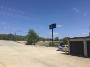 Life Storage - Cedar Park - West Whitestone Boulevard - Photo 3
